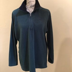 Unisex Patagonia capilene fleece long sleeved
